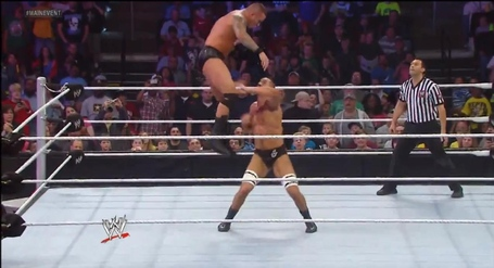 Antonio_cesaro-randy_orton-main_event_medium