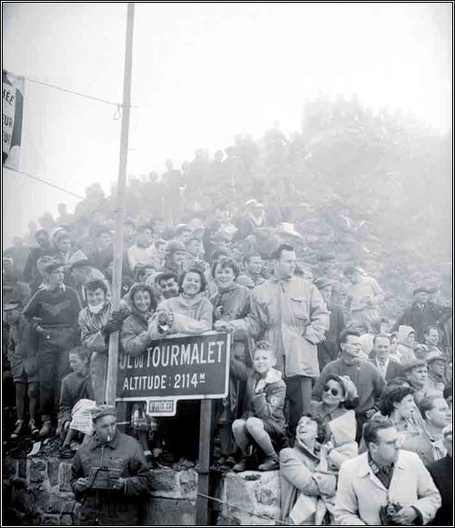 Crowds on the Tourmalet, 1953