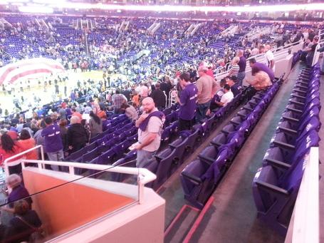 Empty_seats_11