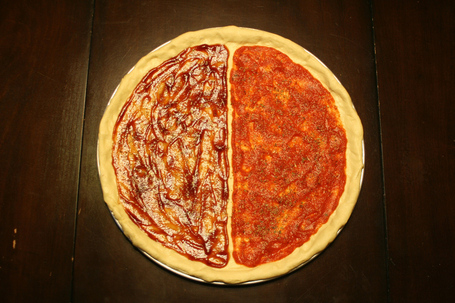 6_pizza_sauced_medium