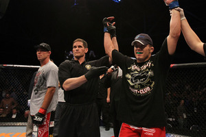 Jake Ellenberger d. Jake Shields