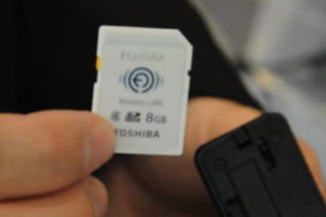 Toshiba FlashAir SDHC card wireless LAN demo
