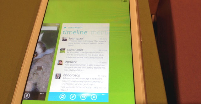 Twitter WP7 multitasking