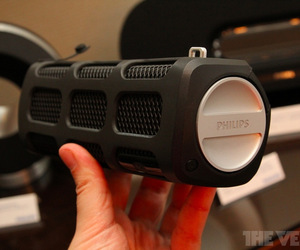 Gallery Photo: Philips Citiscape and Fidelio headphones, Docking Clock Radio and Shoqbox hands-on pictures