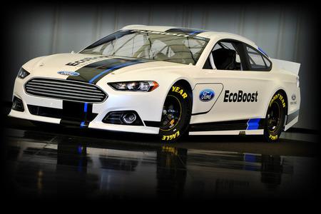 2013-Ford-Fusion-NASCAR-Sprint-Cup-Series-Car_large.jpg