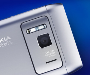 Nokia N8 camera (press)