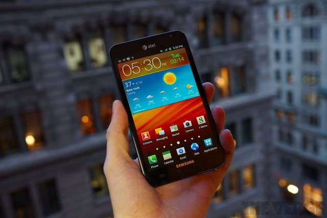 Gallery Photo: Samsung Galaxy Note LTE for AT&amp;T review pictures