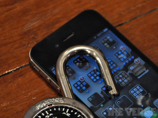 Unlock-iphone-4-temp-rm-verge_large_verge_medium_landscape