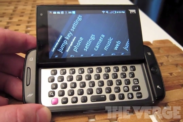 T-Mobile Sidekick 4G stock 640
