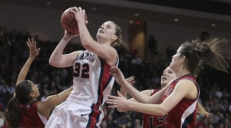 Gonzaga's Kayla Standish is one of a few 2012 WNBA Draft prospects who experienced a significant decline statistically in her senior, but there's an obvious explanation for that which pro teams might consider.  Kelley L Cox-US PRESSWIRE