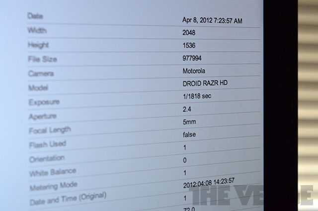 Droid RAZR HD EXIF data screen image