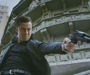 Looper trailer screencap