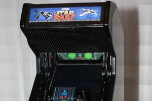 Mini Star Wars arcade machine