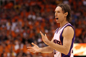PHOENIX - MAY 29:  Steve Nash #13 of the Phoenix Suns e (Photo by Christian Petersen/Getty Images)