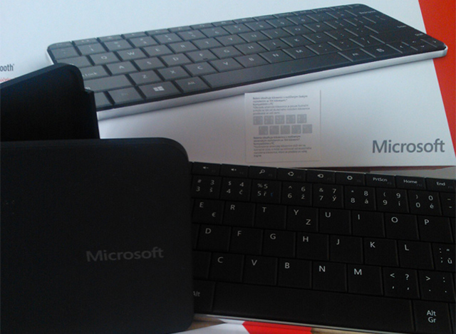 Microsoft Wedge Mobile Keyboard