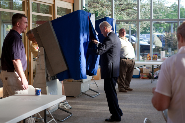 Flickr - Joe Biden voting