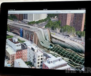 "Apple Maps ""Brooklyn Bridge"""