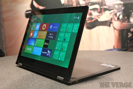 Gallery Photo: Lenovo IdeaPad Yoga hands-on pictures