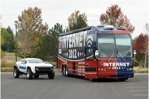 Internet 2012 Bus