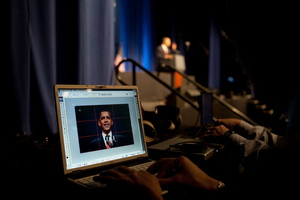 obama on laptop