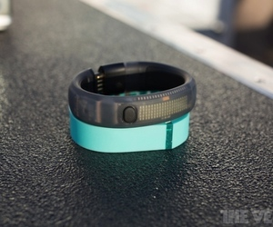 Gallery Photo: Fitbit Fle