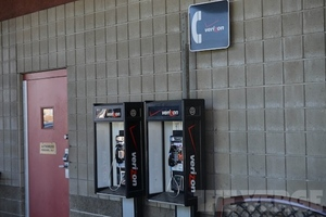 Verizon payphone inline (STOCK)