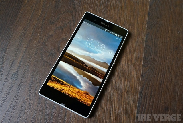 Gallery Photo: Xperia Z hands-on review photos