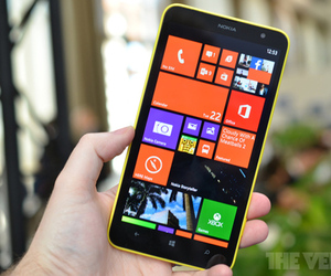 Gallery Photo: Nokia Lumia 1320 hands-on photos
