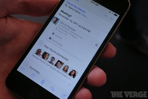 Gallery Photo: LinkedIn Intro, Pulse, and new iPad app photos