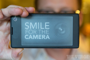 Gallery Photo: YotaPhone hands-on pictures