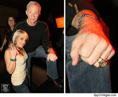 1110-jerry-jones-spyonvegas2-credit
