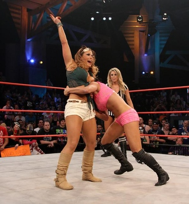 [Review Officielle] TNA Genesis 2013 Mickie