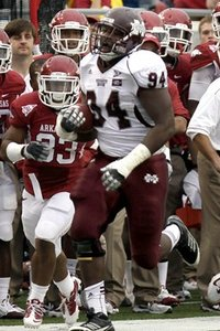 69169_mississippi_st_arkansas_football_medium
