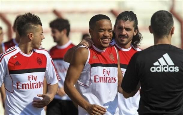 Emirates Soccer AC Milan