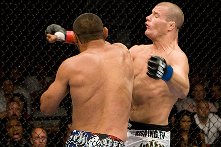 Ufc100_08_henderson_vs_bisping_003_medium