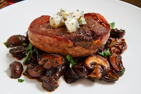 Double_2bsmoked_2bbacon_2bwrapped_2bfillet_2bmignon_2bwith_2bcaramelized_2bmushrooms_2bin_2ba_2bred_2bwine_2bsauce_2btopped_2bwith_2bblue_2bcheese_2b500_medium