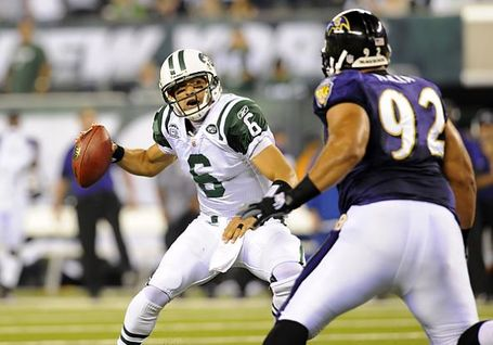 Ravens-defensive-tackle-haloti-ngata-pressures-jets-quarterback-mark-sanchez_medium