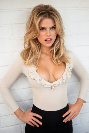 289986-alice_eve__2__large_medium