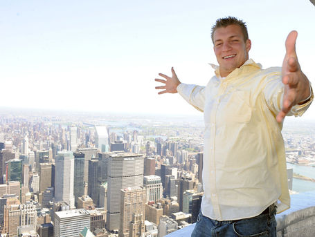 Gronk-empirestate2_medium