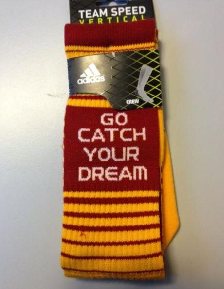 Robert-griffin-iii-redskins-socks-catch-your-dream-530x684_medium