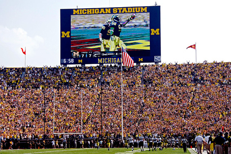 Ncf_a_michiganstadium_cmg_600_medium