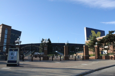 2011-michigan-stadium-6_medium