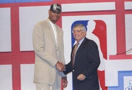 Tim-duncan-1997-nba-draft_photo_medium_medium