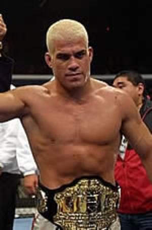 Tito-ortiz-with-belt_medium
