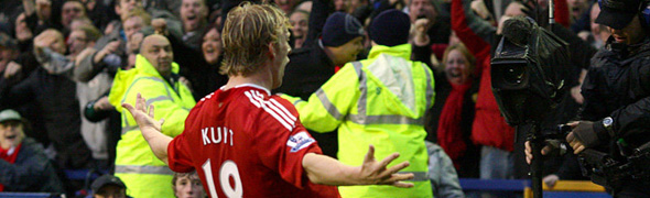 dirk kuyt liverpool celebration