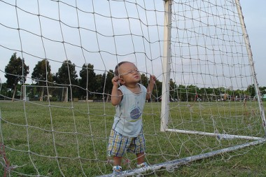 baby-football-380x253