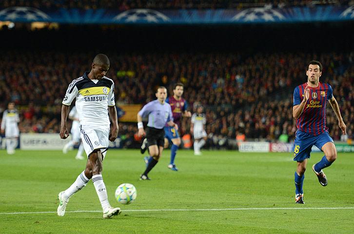 Ramires-scores-against-Ba-010