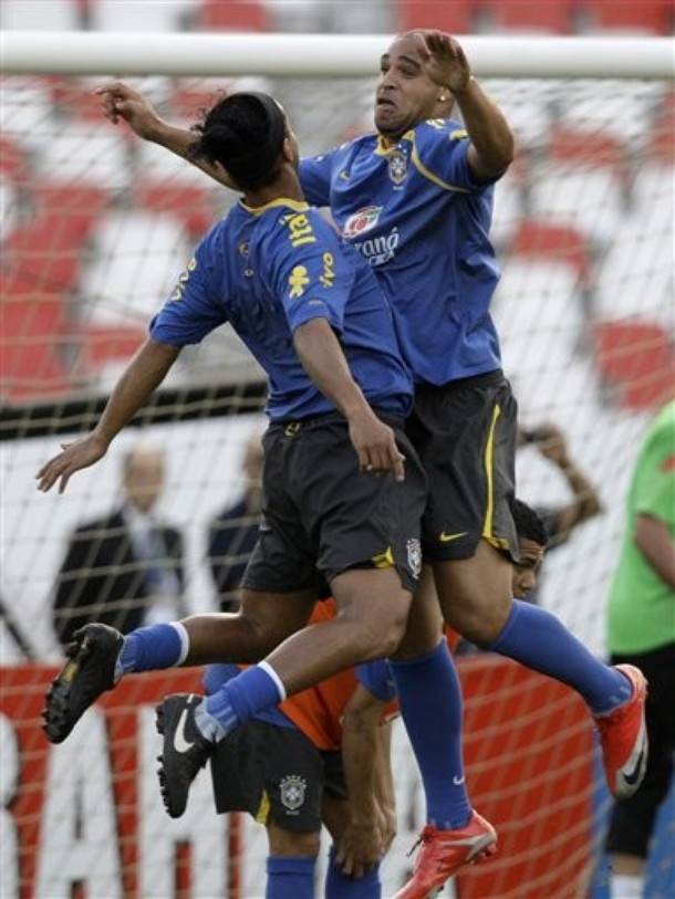Adriano and Ronaldinho... yikes