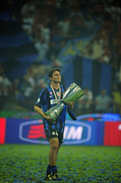 Zanetti with his first trophy of the 2010/11 season