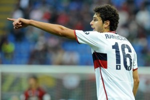 Ranocchia playing for Genoa